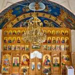 Die Ikonostase der Kirche der Heiligen Dreifaltigkeit Kloster Moiseni