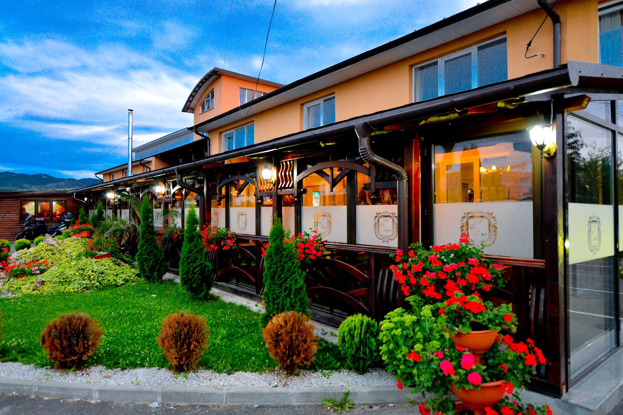 Pensiune-Restaurant La Luna